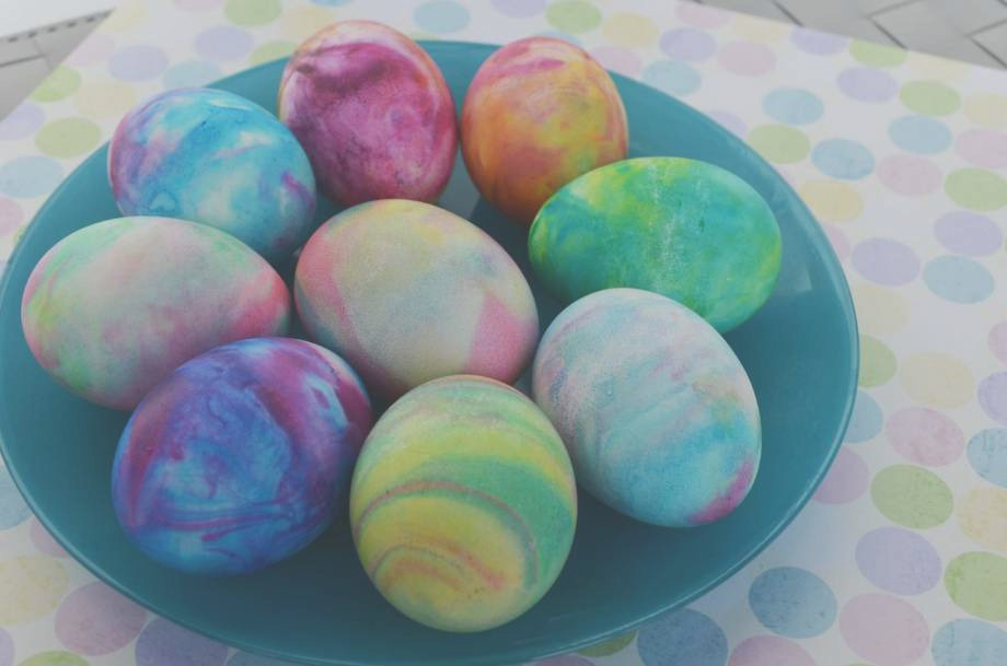 Frothy fun dyeing Easter eggs in shaving cream