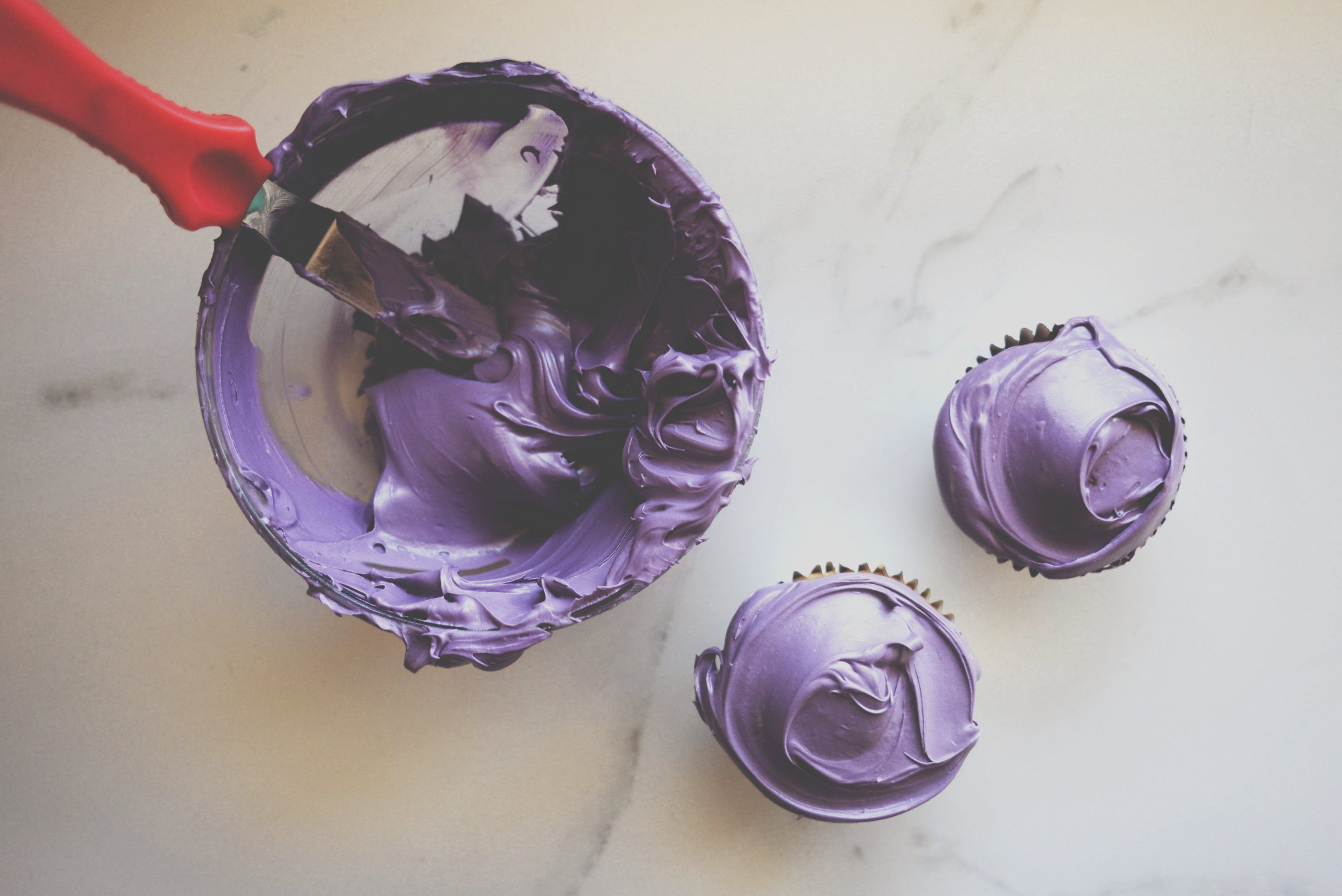how make purple food coloring