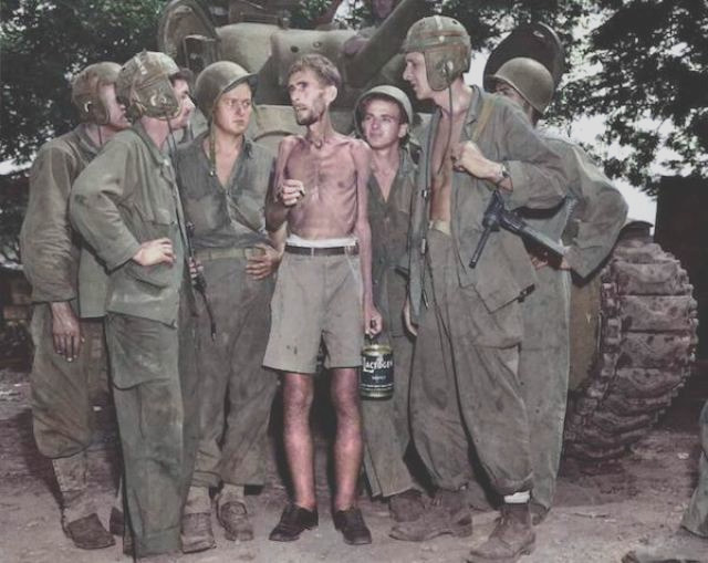 world war ii looks different in color 32 pics 38
