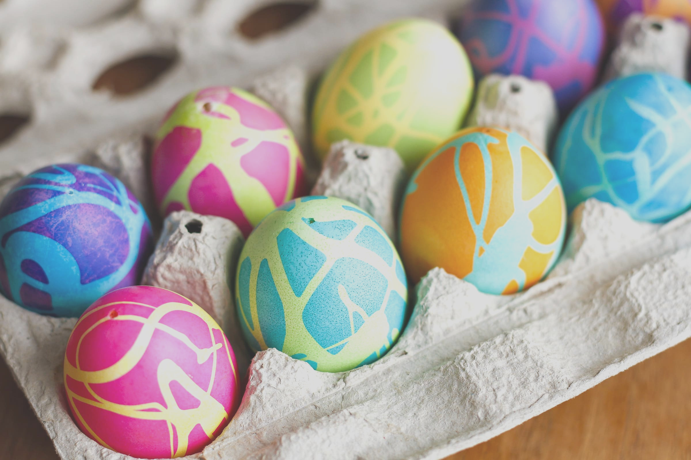 9 bright and beautiful easter egg ideas