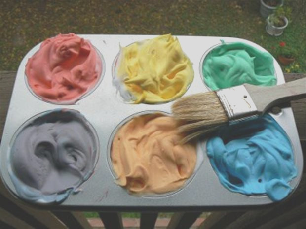 shaving cream and food coloring make a good bathtub paint fun crafts 2