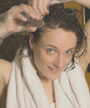 coloring hair while pregnant