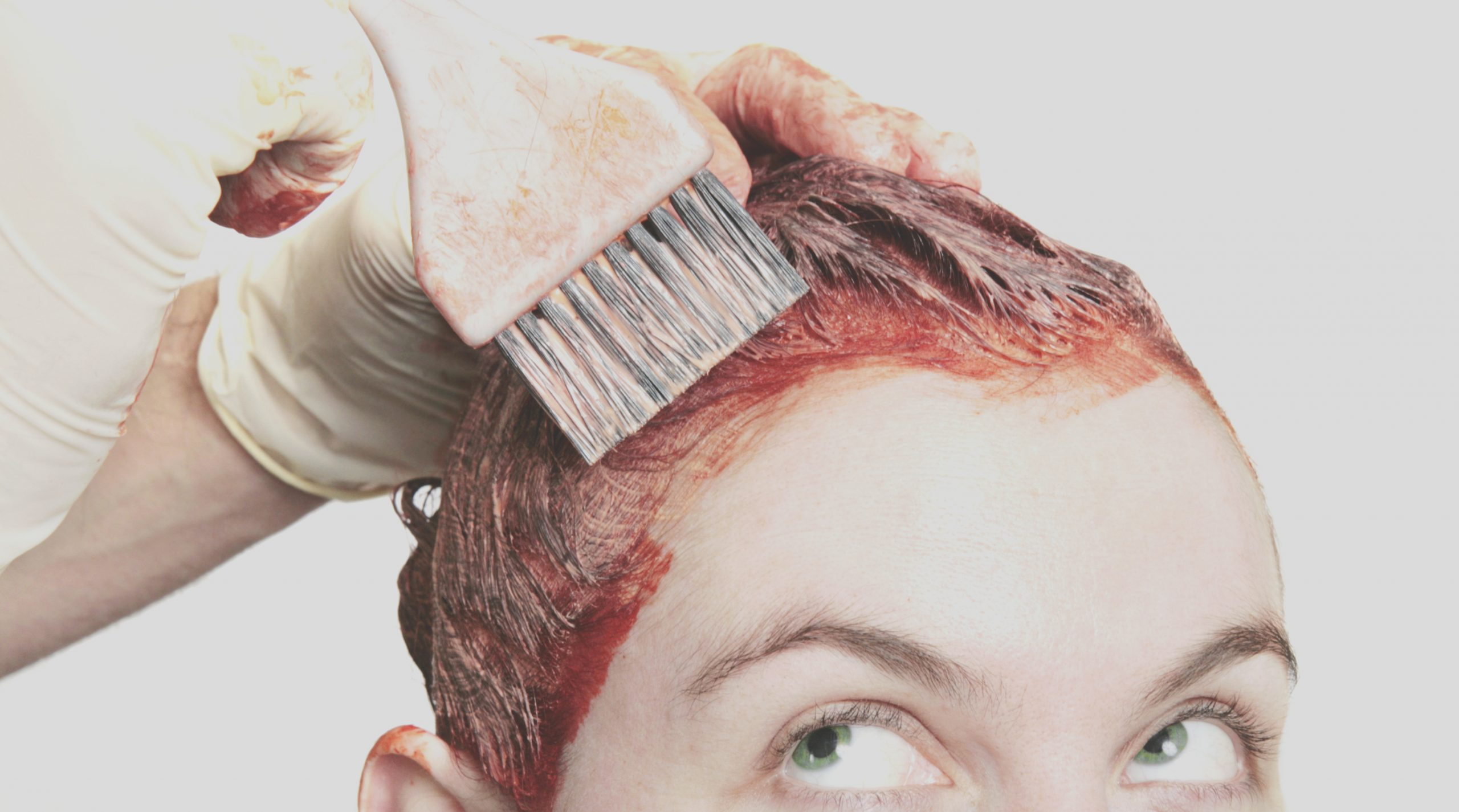 use hair dye watch for red flags whether its salon or box color