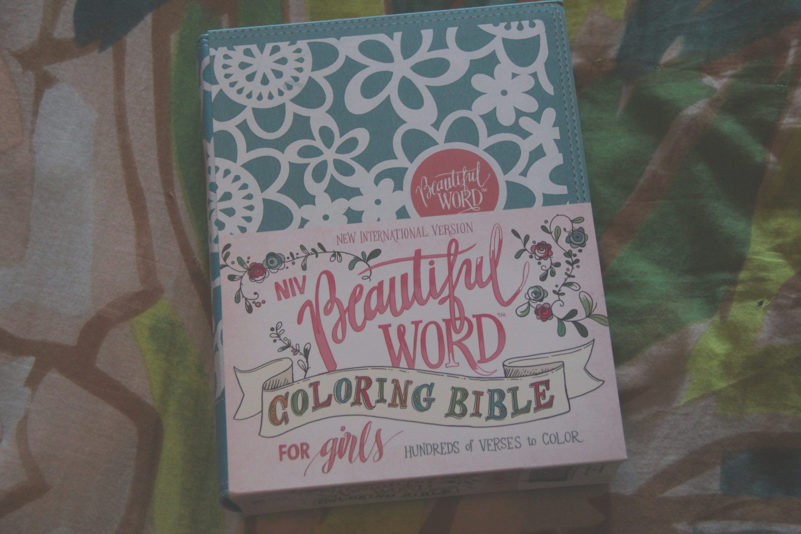 niv beautiful word coloring bible for girls