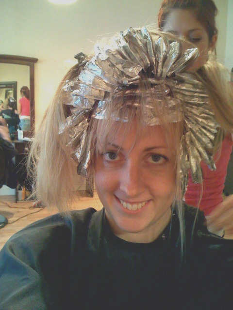 light brown hair with foils