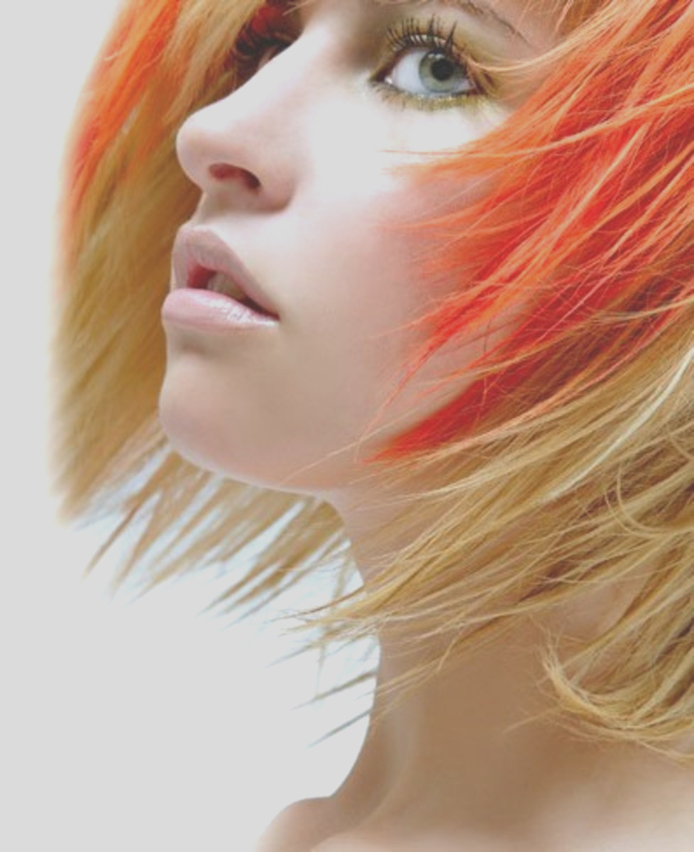 Hairdressing How To Putting Foils in Hair Tips Tricks Advice and Know How for Colouring Hair with Foils